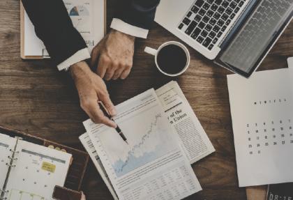 como acionistas e investidores analisam a gestao da empresa